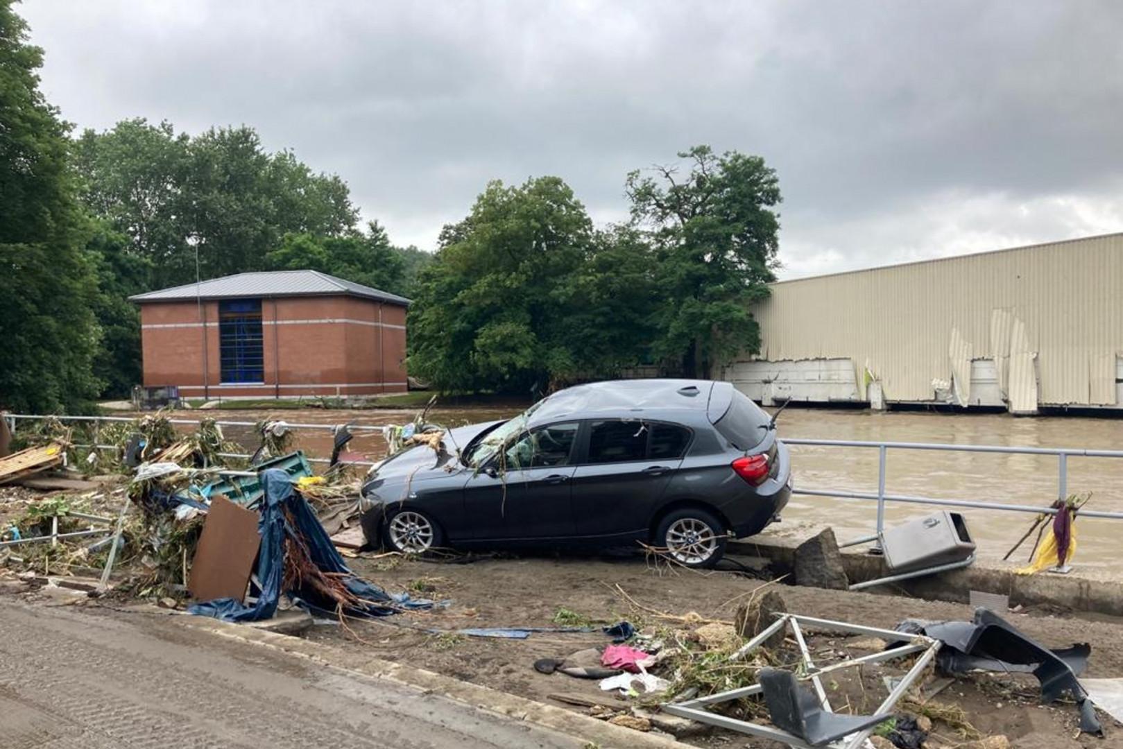 À Liège, où les inondations ont provoqué de nombreux dégâts, les eaux se retirent doucement