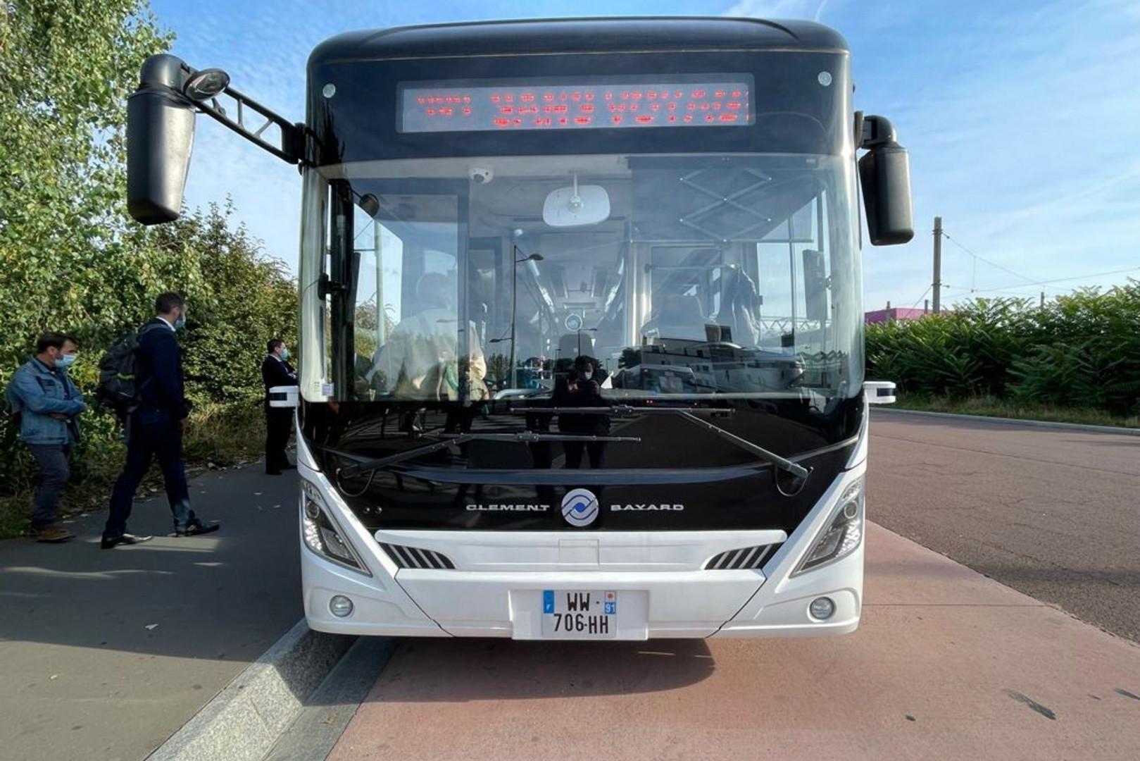 Un bus autonome de la RATP, peu de différence avec un bus habituel