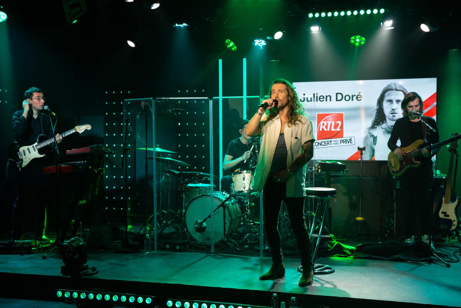 Julien Doré en Concert Très Très Privé RTL2 (05/02.21)5