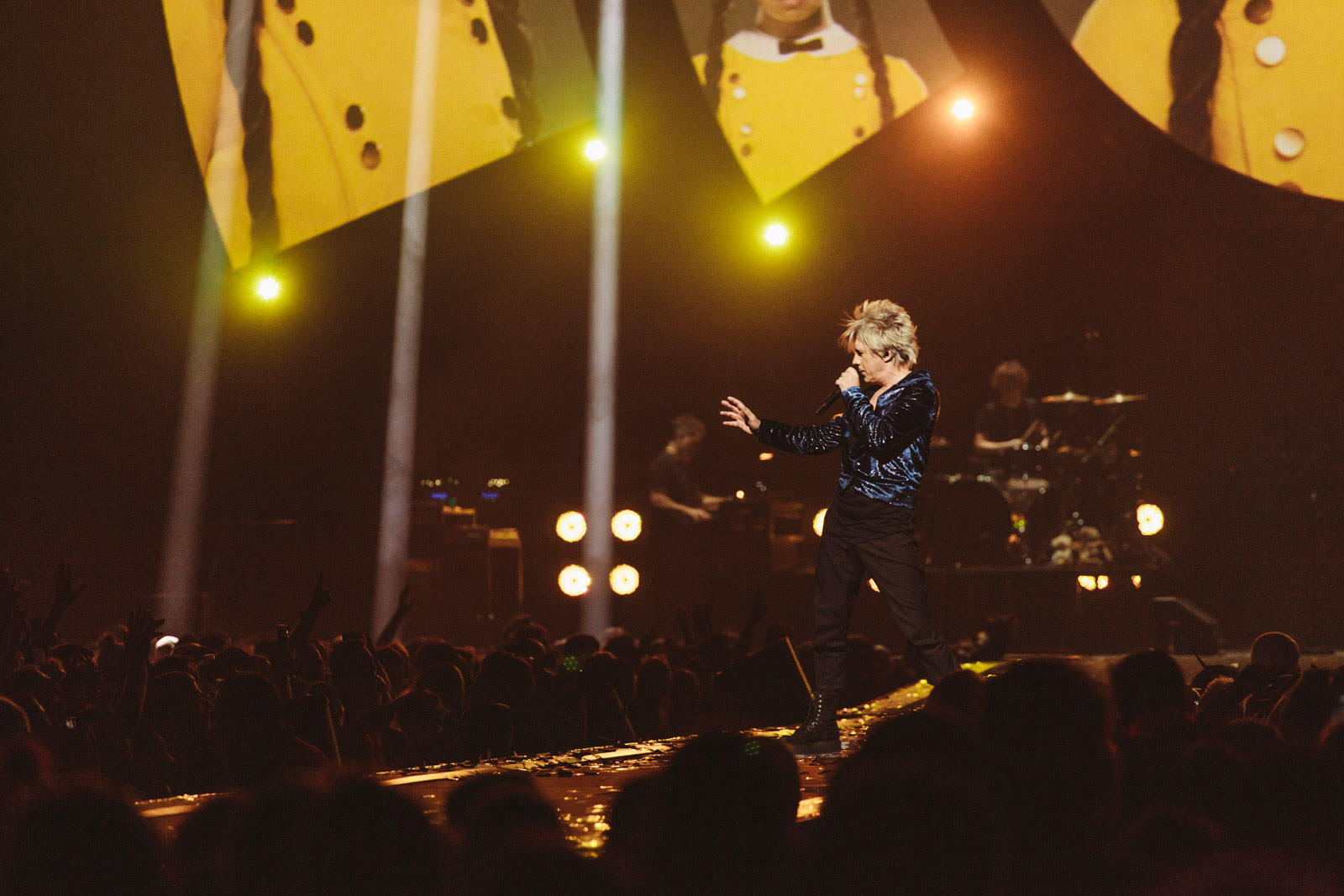 """Nicola Sirkis chante """"Henry Darger"""" à l'AccorHotels Arena"""
