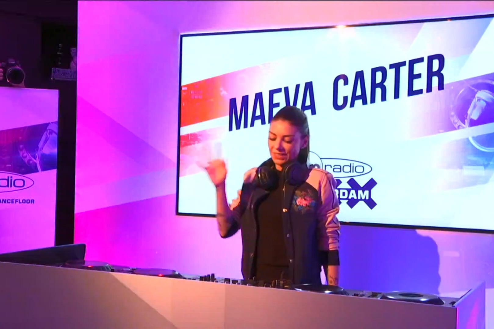 Maeva Carter en interview et en mix dans Fun Radio Amsterdam