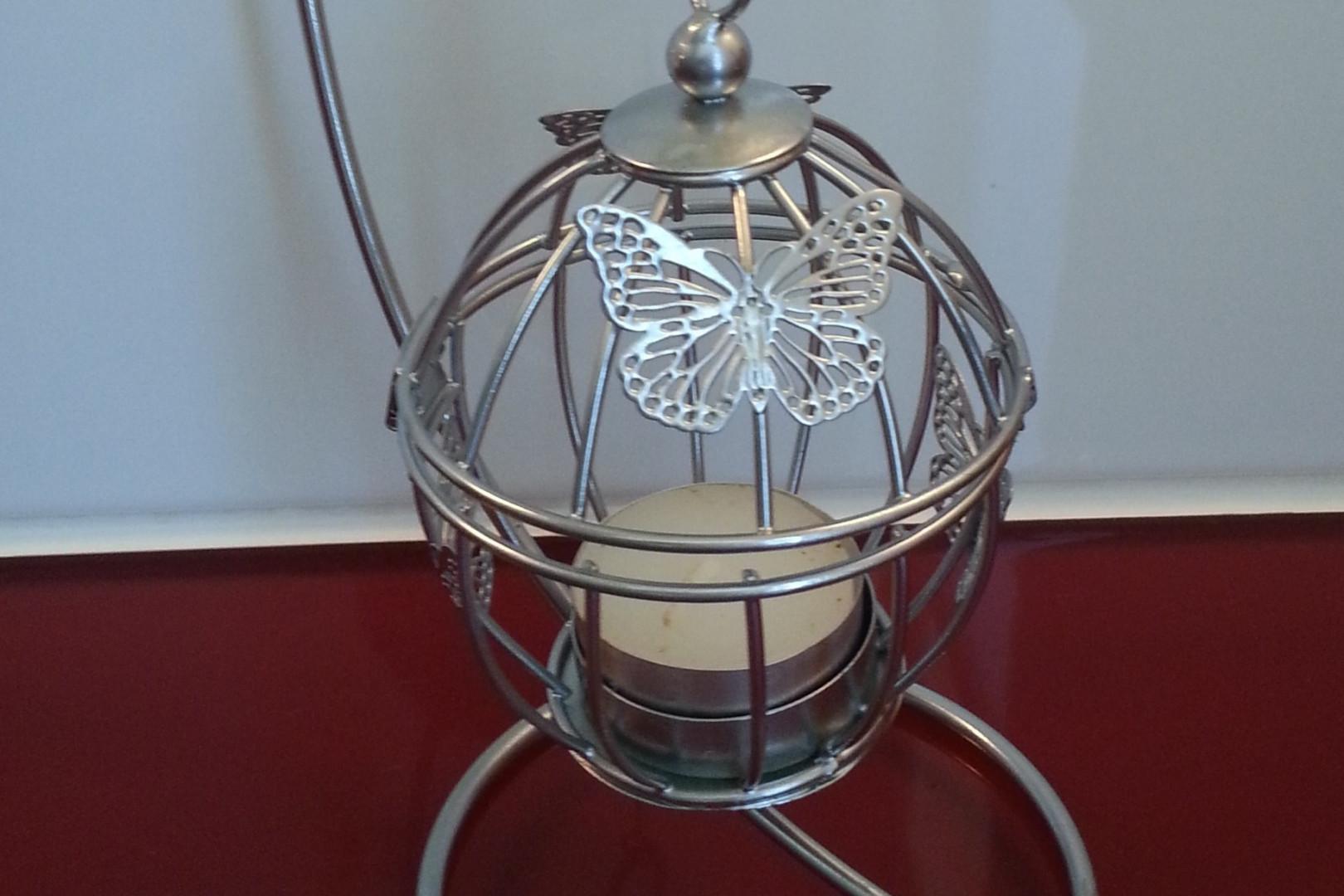 Petite lanterne chromée repeinte par Catherine