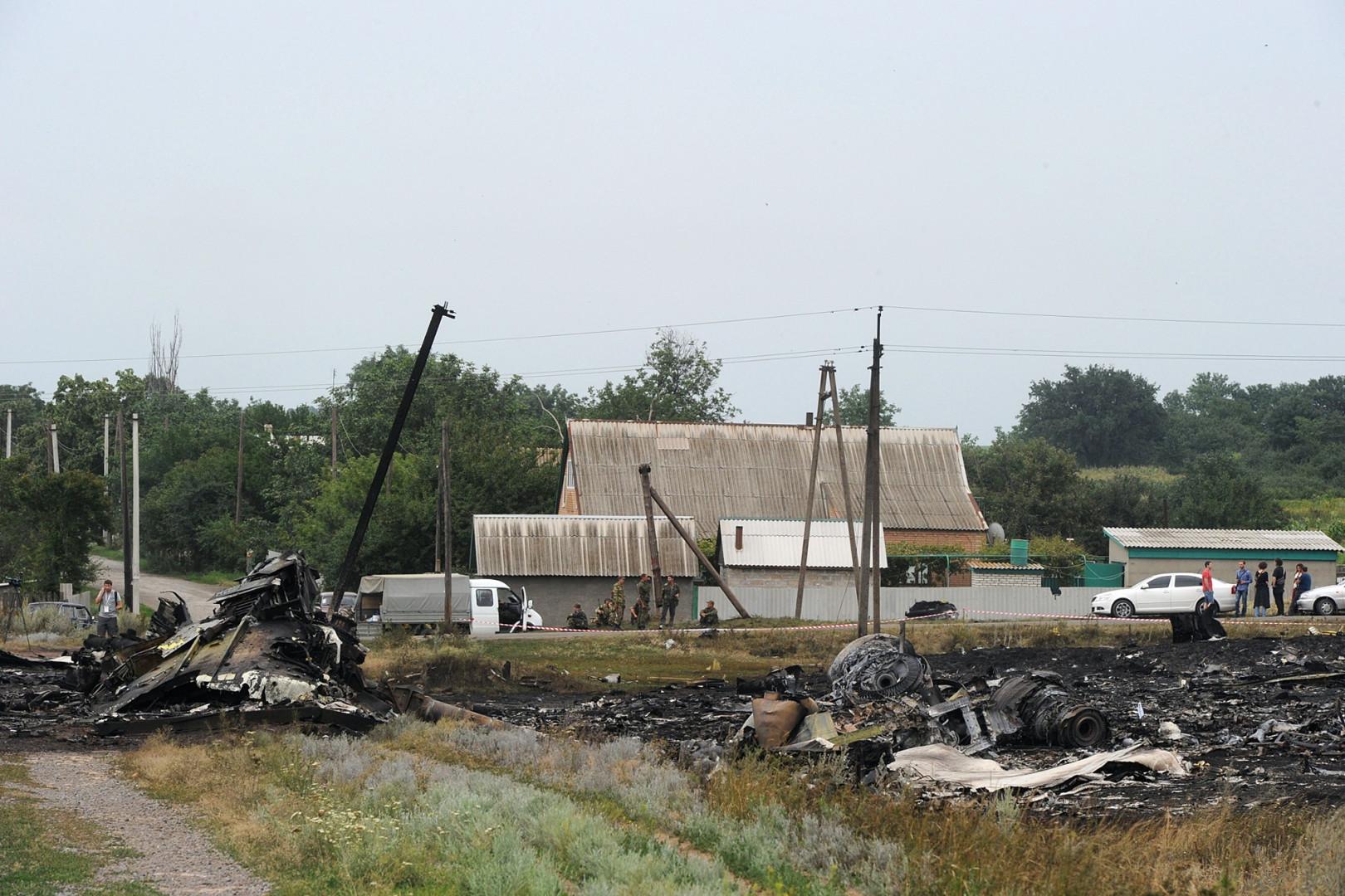 Les habitants des villages alentours ont été témoins de la chute de l'appareil, jusqu'à son explosion au sol