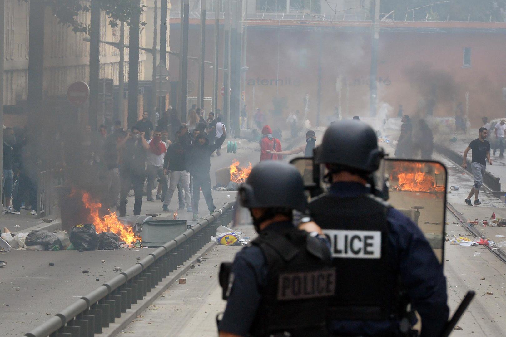Scènes de guérilla urbaine à Sarcelles, le 20 juillet 2014.