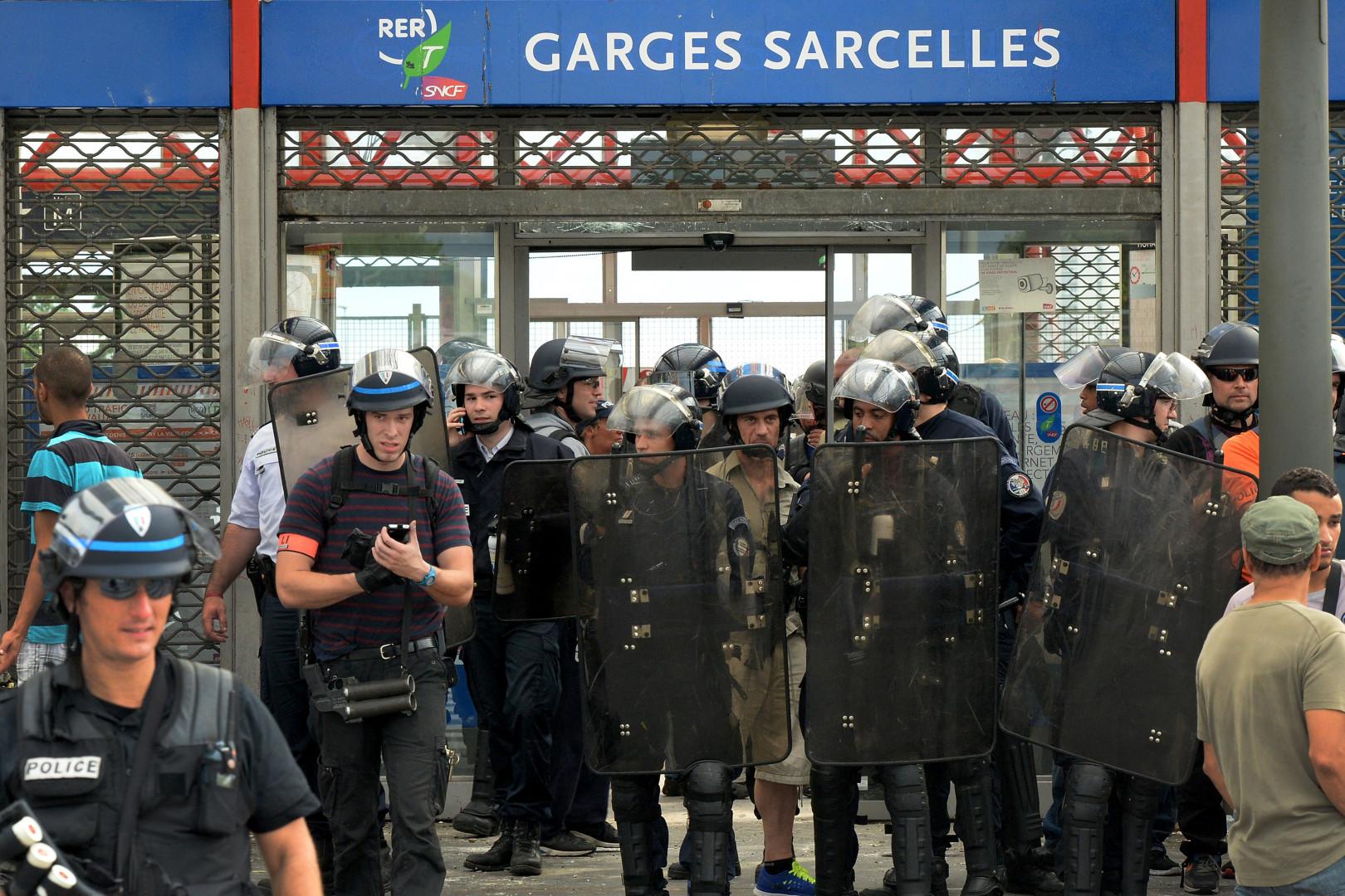 Des CRS à la gare de Sarcelles, le 20 juillet 2014.