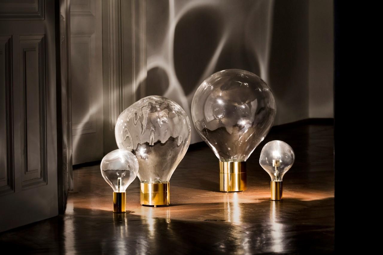 En verre soufflé et en laiton, ces lampes à poser frisent l'œuvre d'art. Lampe Ripple, Lobmeyr, 107 Rivoli, prix sur demande.