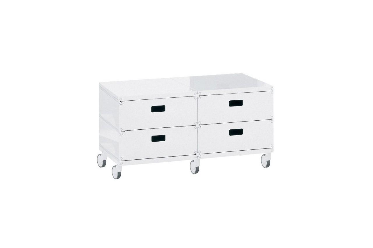Dans le bureau, la chambre ou le salon, ce meuble est parfait ! Plus Unit, Magis, Made in Design, 673 €