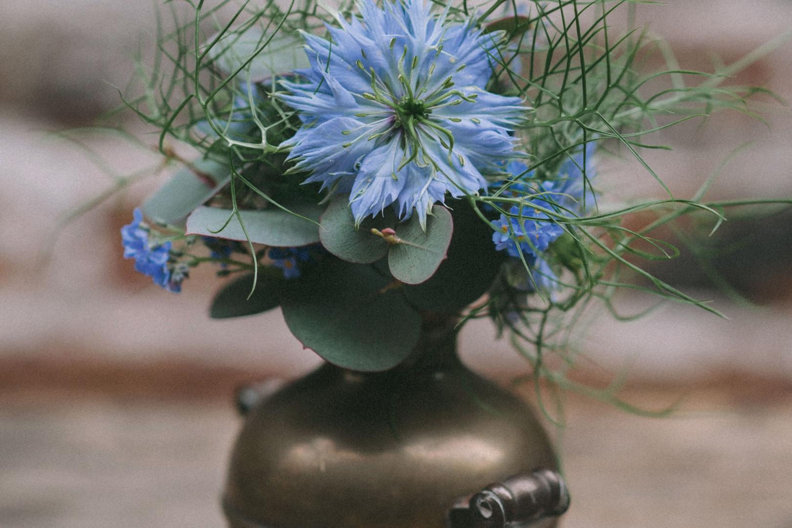 Recycler des vieux objets pour les transformer en vase