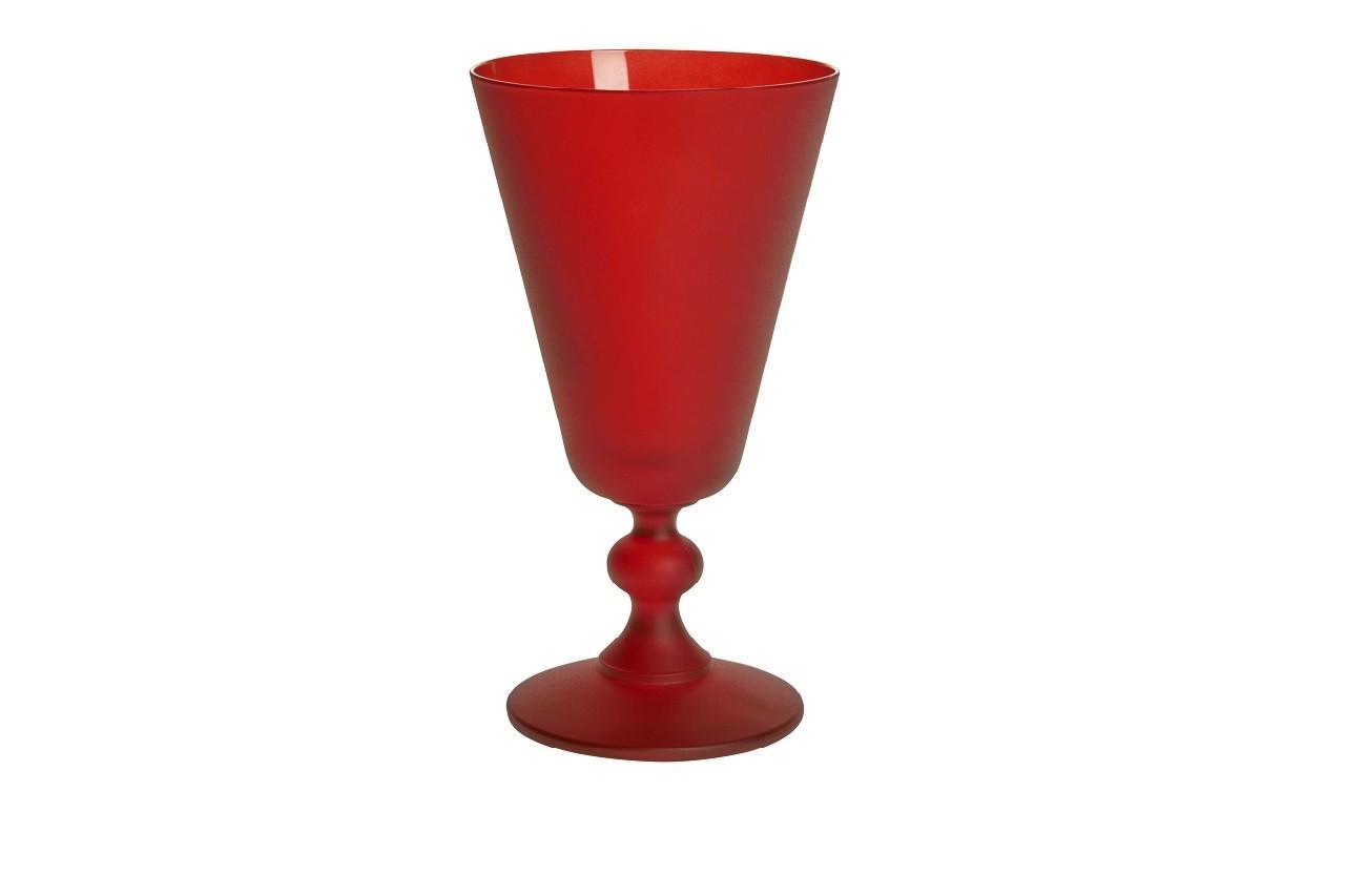 Caitlin li, verre à vin rouge, Habitat