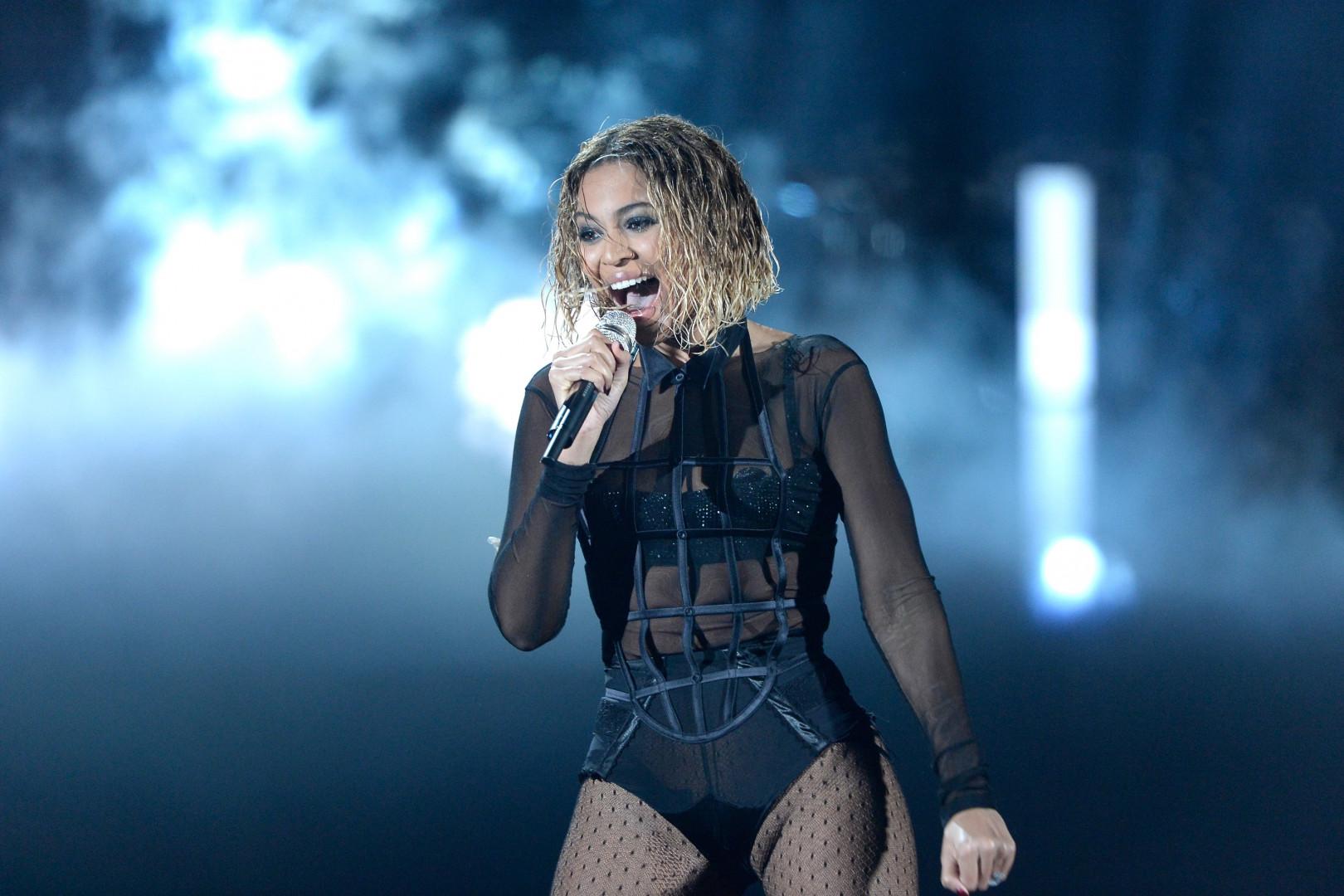 10. Beyoncé avec 440 millions de dollars