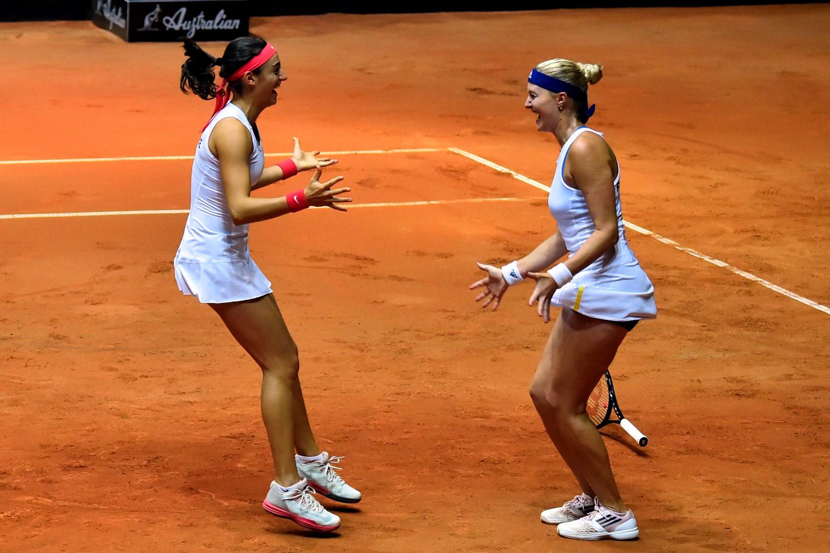 Finalement la paire française n'a pas été inquiétée et l'a emporté 6-1, 6-2.