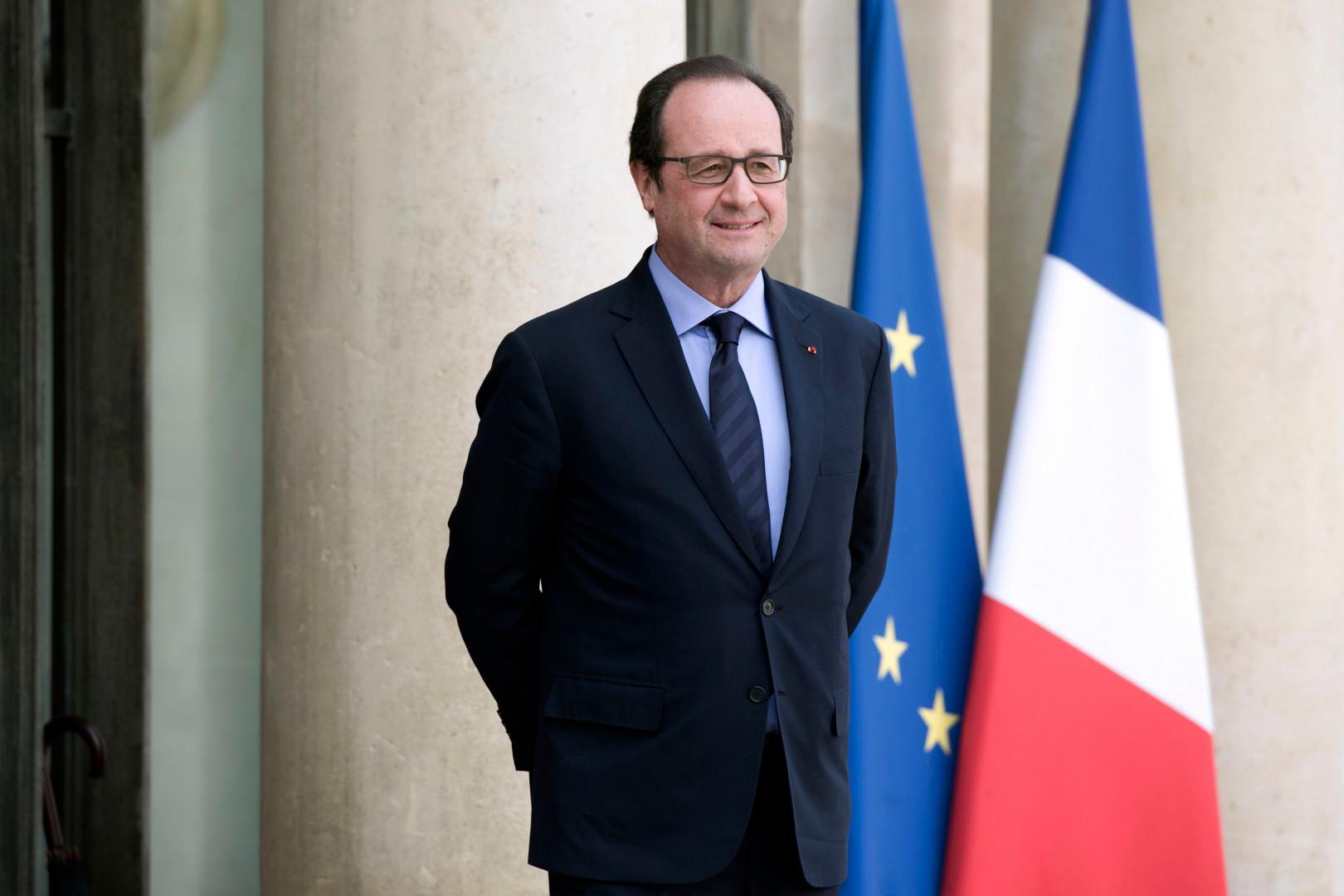7. François Hollande gagne 194.300 dollars par an