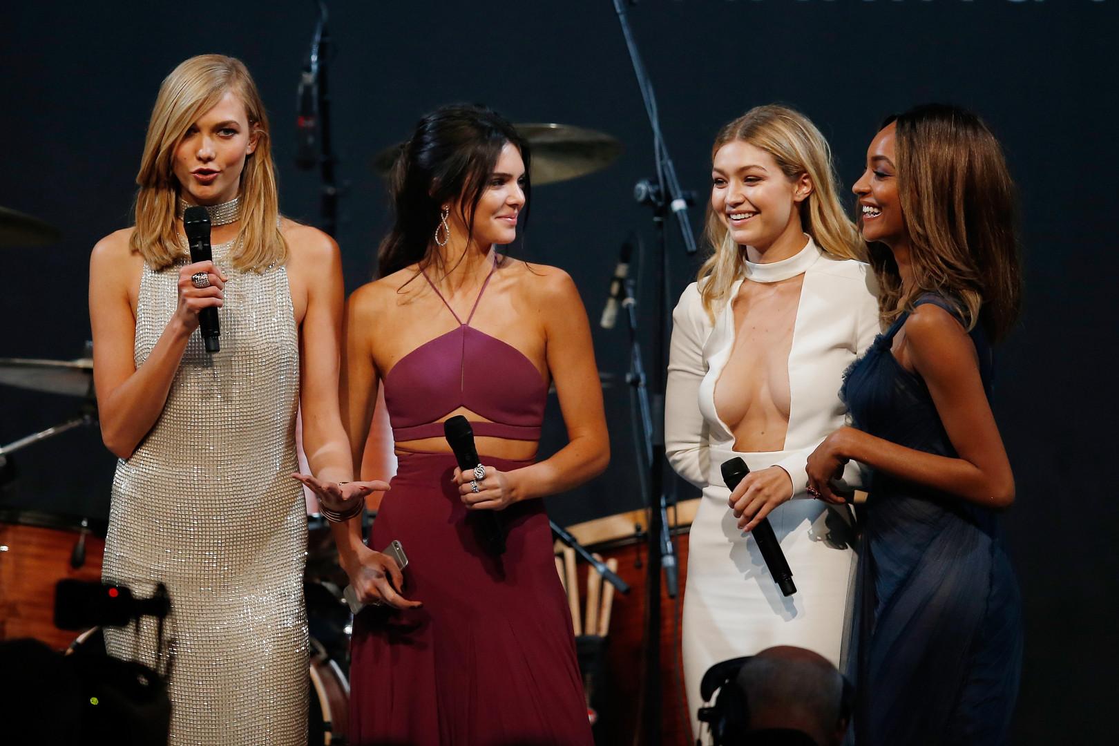 Les mannequins Karlie Kloss, Kendall Jenner, Gigi Hadid et Jourdan Dunn
