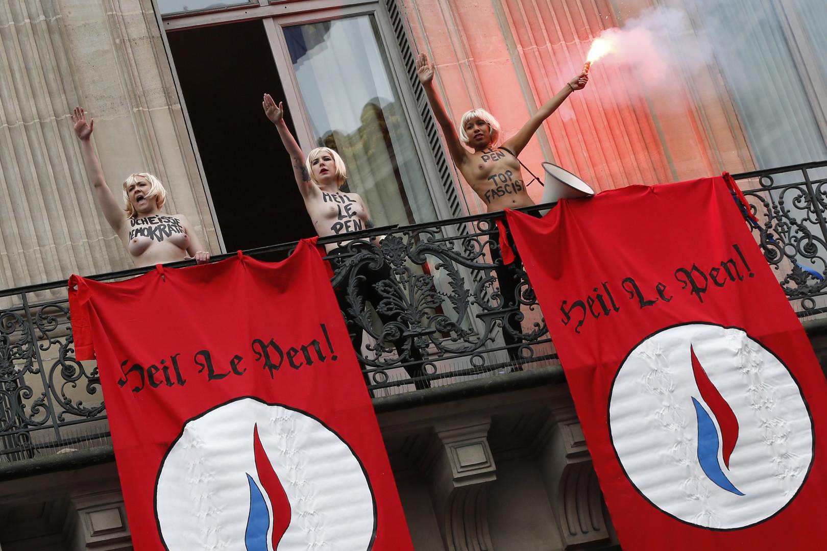 Le 1er mai 2015, lors du rassemblement FN en l'honneur de Jeanne d'Arc.