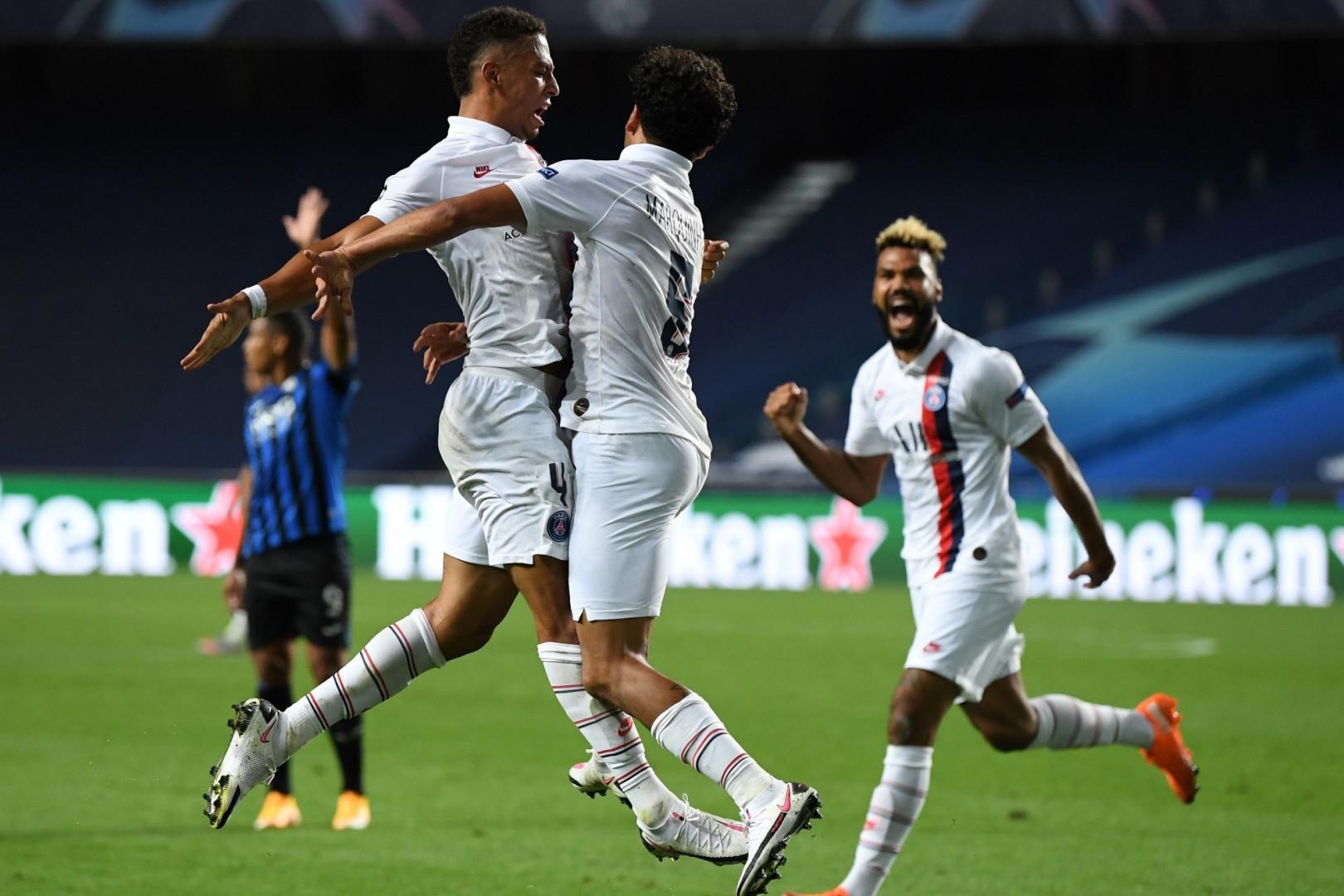 12 août : Choupo-Motting, derrière, Kehrer et Marquinhos, envoie le PSG en demi-finale de Ligue des champions