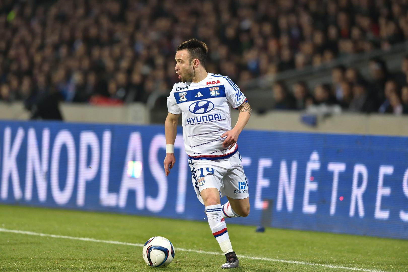 Mathieu Valbuena pourrait, lui, déjà quitter le club de Jean-Michel Aulas