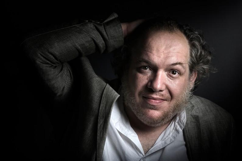 """Mathias Enard, l'auteur de """"Boussole"""""""