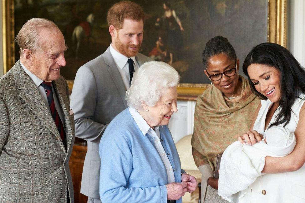23. Archie Harrison présenté à la reine Elizabeth II