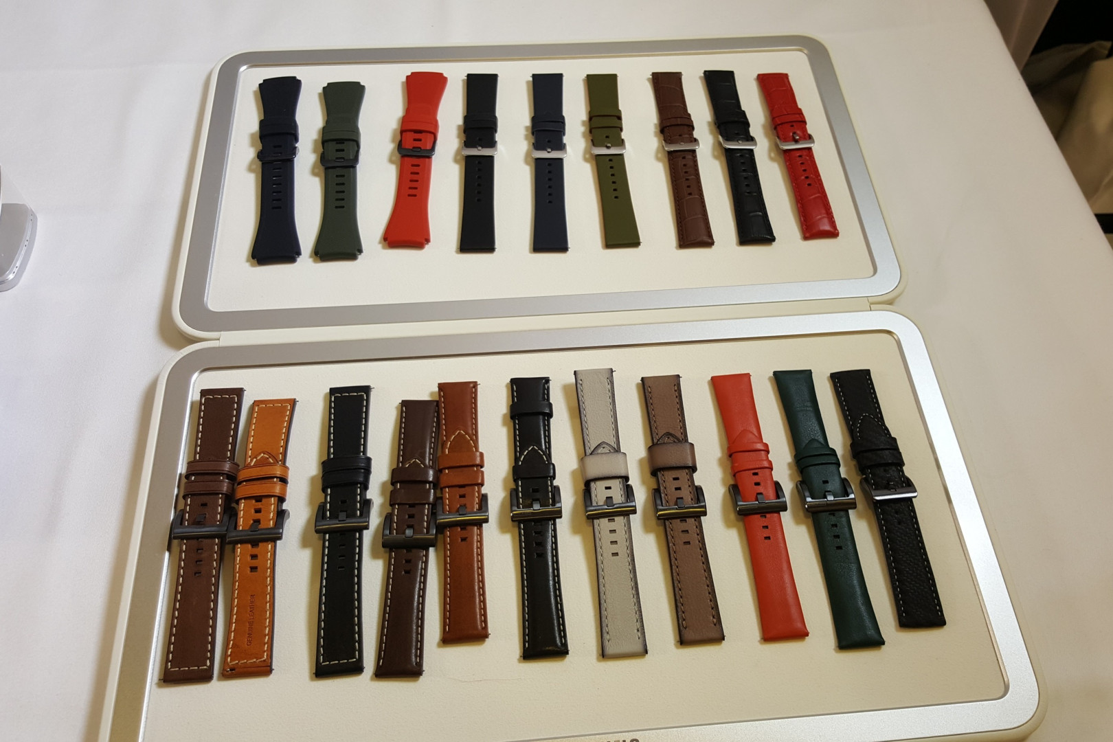 La gamme de bracelets de la nouvelle montre Gear S3 de Samsung