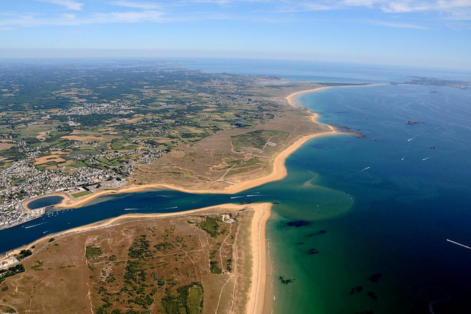 L'embouchure et la barre d'Etel dans le Morbihan