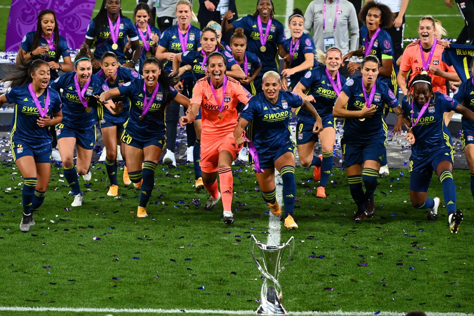 Les joueuses lyonnaises ont remporté, en 2019, une quatrième Ligue des champions consécutive, créant un nouveau record.