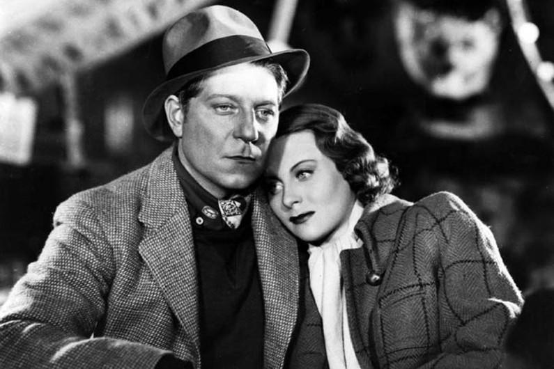 """Michèle Morgan et Jean Gabin dans le film """"Le Quai des brumes"""" (1938)"""