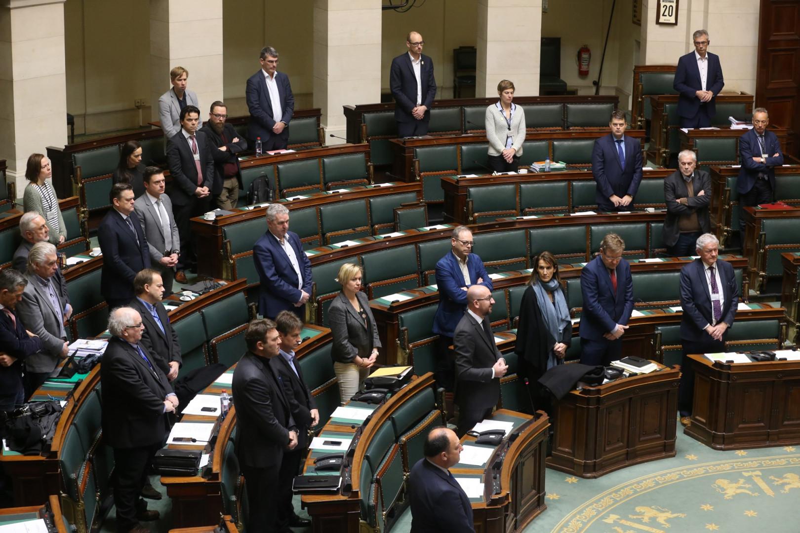 Les députés belges observent une minute de silence en hommage aux victimes de l'attentat de Berlin, le 20 décembre 2016.
