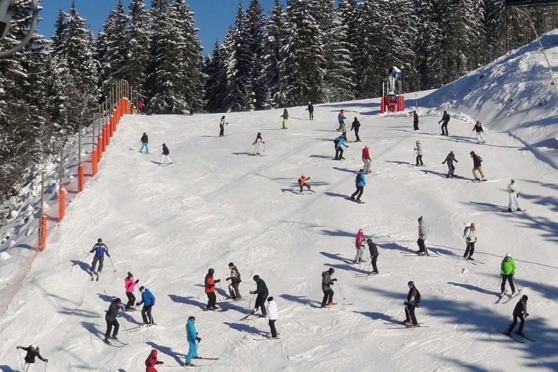 Des skieurs en Haute-Savoie (image d'illustration)