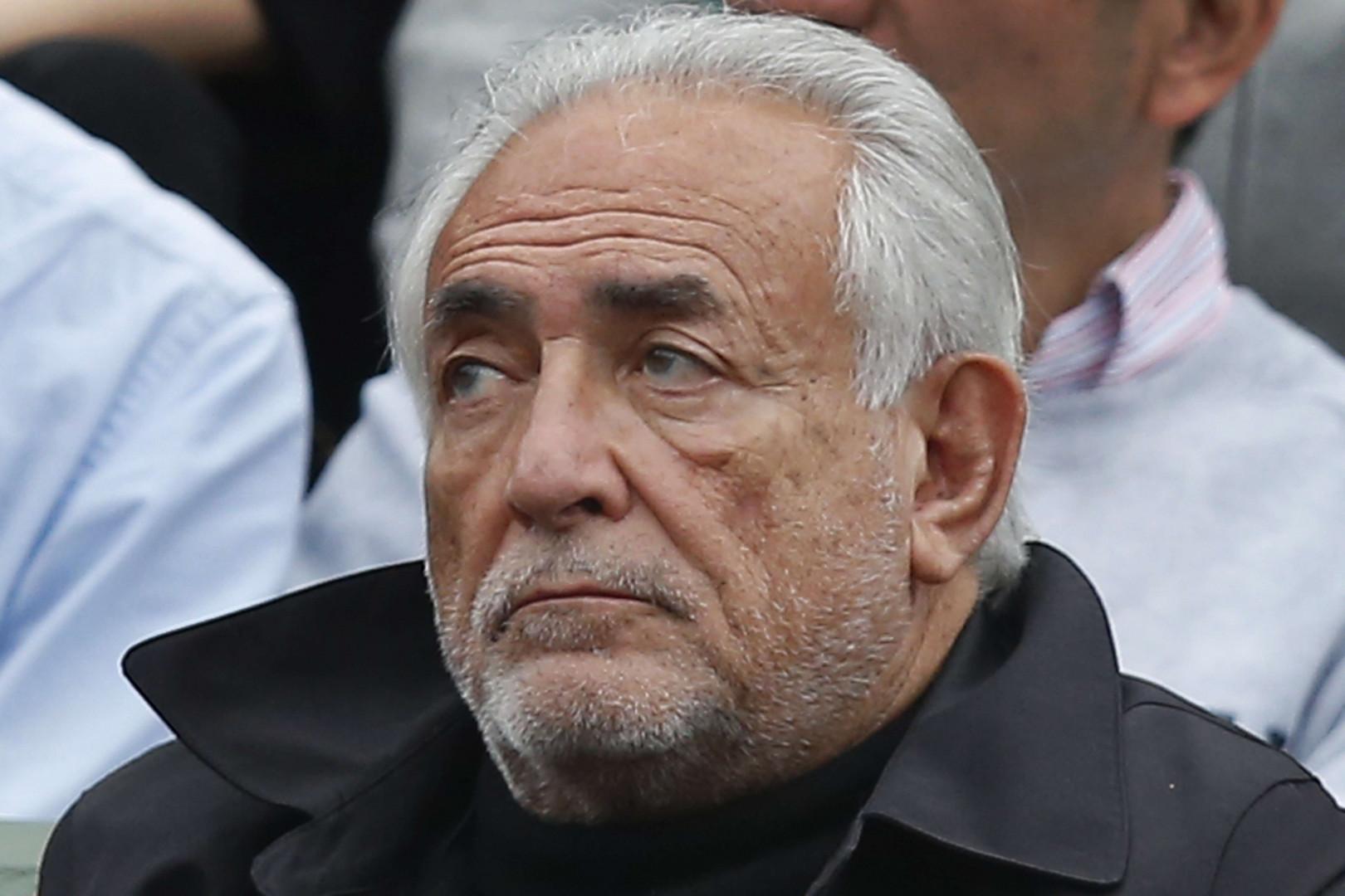 L'ancien secrétaire général du FMI Dominique Strauss-Kahn n'est pas passé inaperçu pendant la finale hommes de Roland Garros.