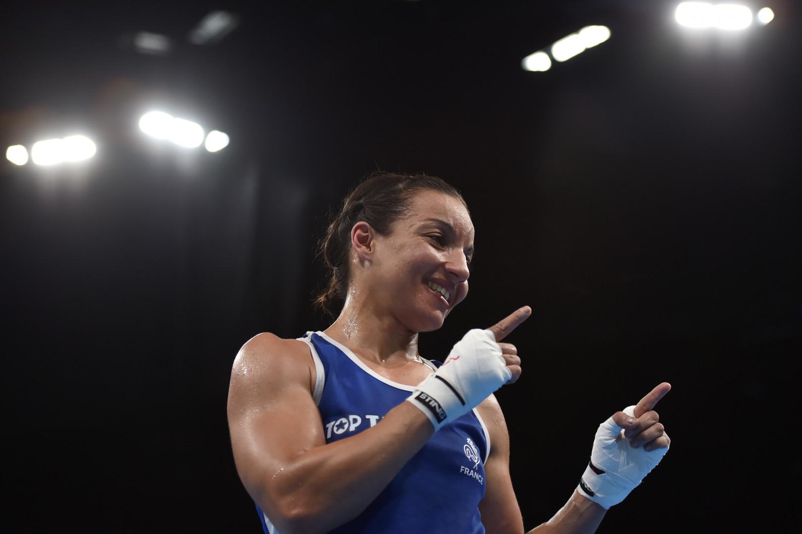 Sarah Ourahmoune, boxeuse française, vice-championne olympique en 2016. Elle tient un blog (carnetdesportive.com/) et occupe un poste de déléguée du gouvernement sur le 93 sur la thématique Sport. Instagram / sarah_ourahmoune