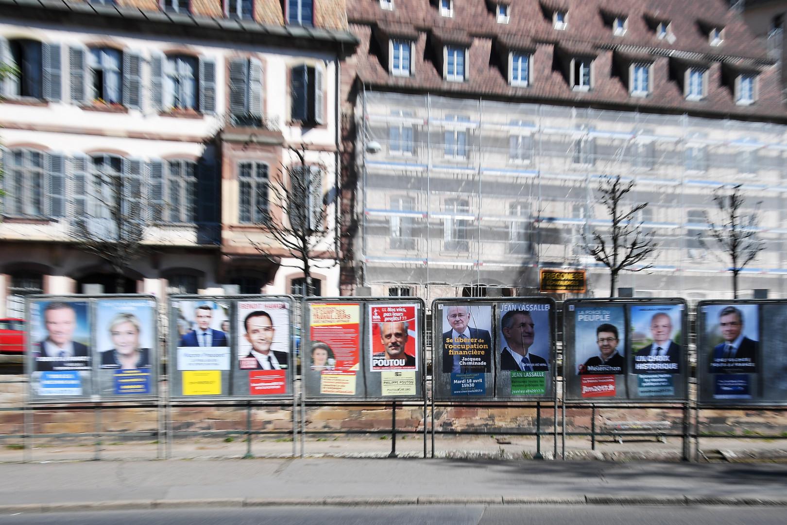 Les 11 candidats ont dévoilé leurs affiches officielles