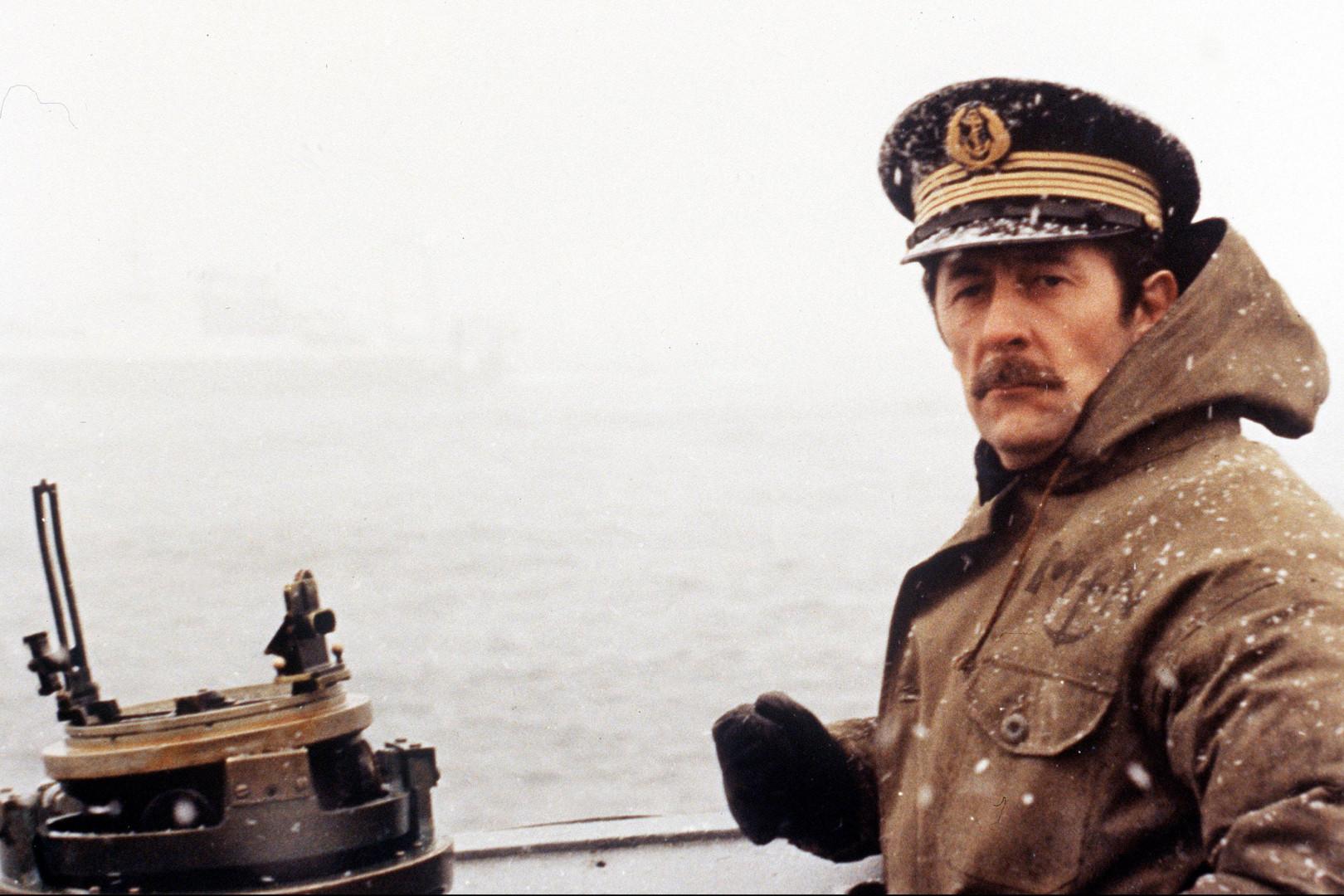 """Le commandant dans """"Le Crabe-Tambour"""""""