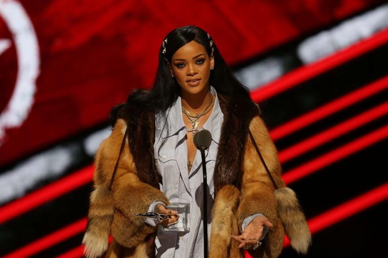 Rihanna : 36 millions de dollars