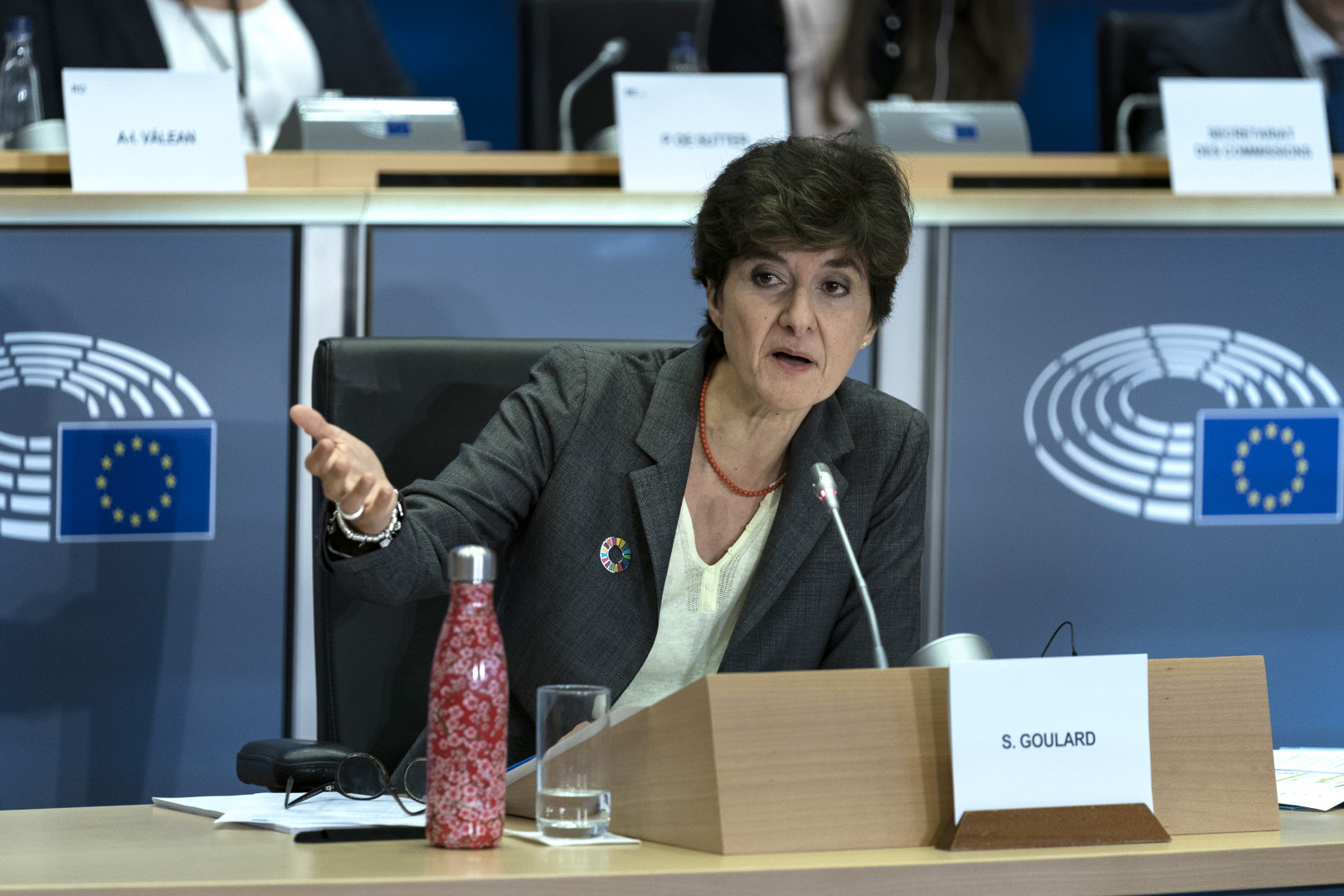 La candidature de Sylvie Goulard au poste de Commissaire européen au Marché intérieur a été rejetée, jeudi 10 octobre, lors d'une seconde audition.