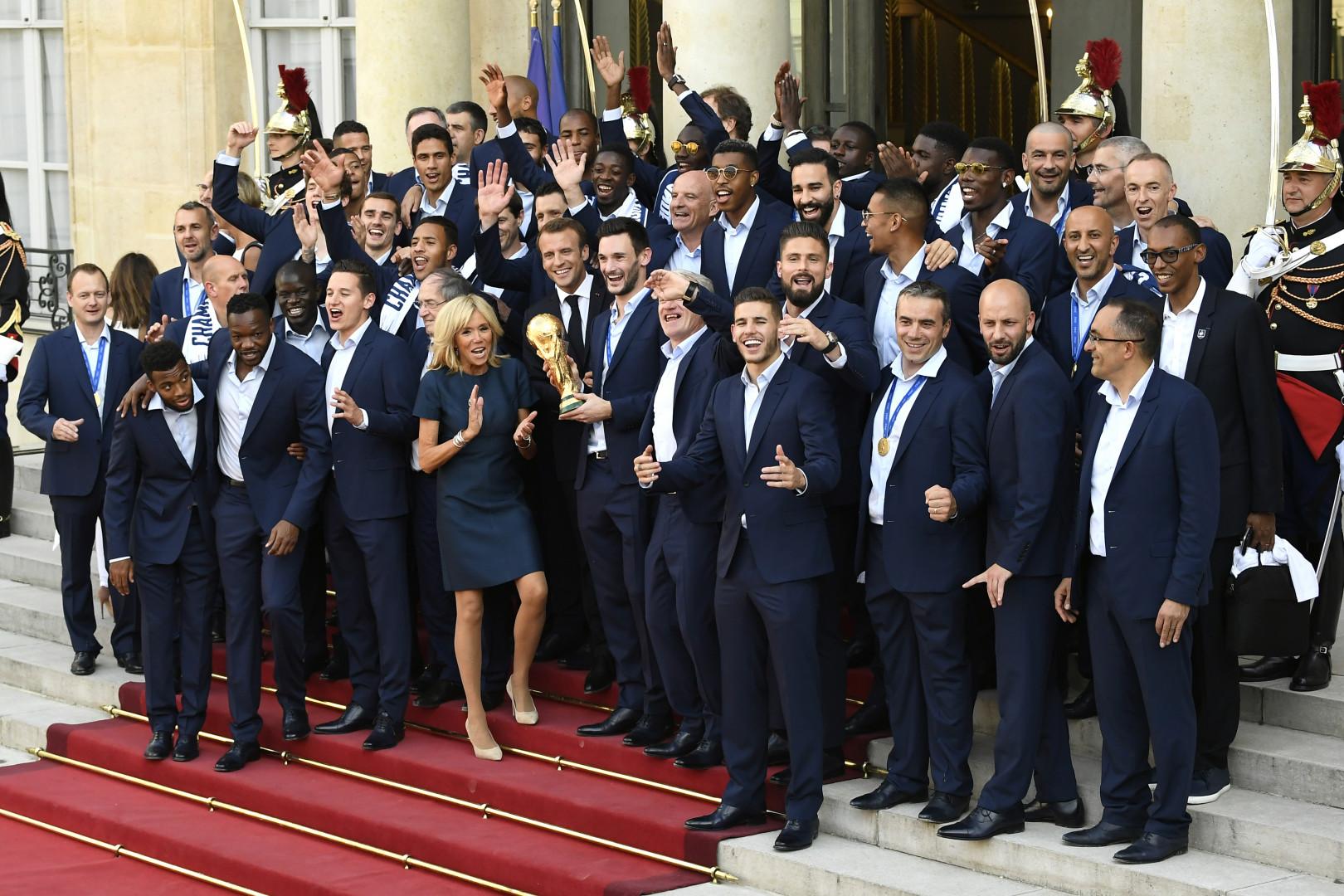 Emmanuel et Brigitte Macron ont reçu l'équipe de France a l'Élysée, le 16 juillet 2018