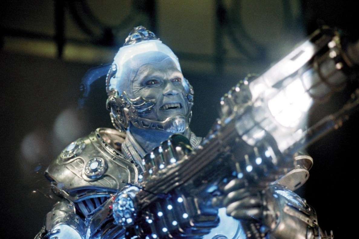 """""""Batman et Robin"""" (1997) affronte le glacial Mr. Freeze. Le pire rôle de George Clooney, Arnold Schwarzenegger et Uma Thurman."""