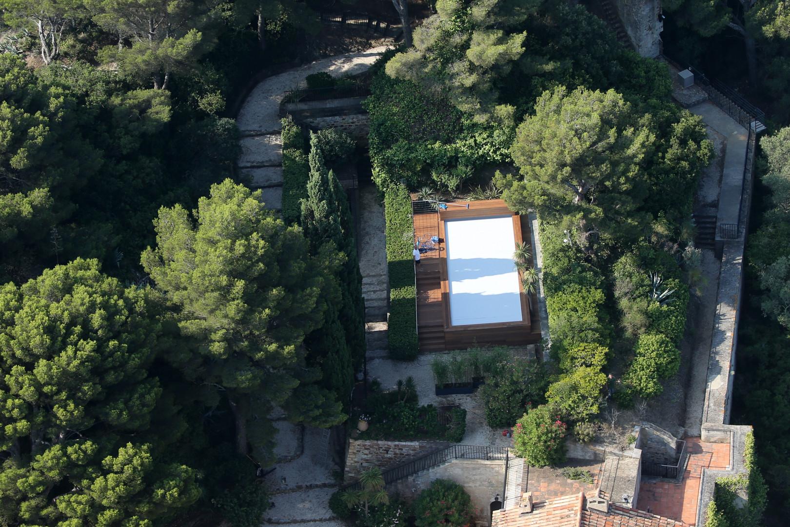 La piscine du couple présidentiel à Brégançon