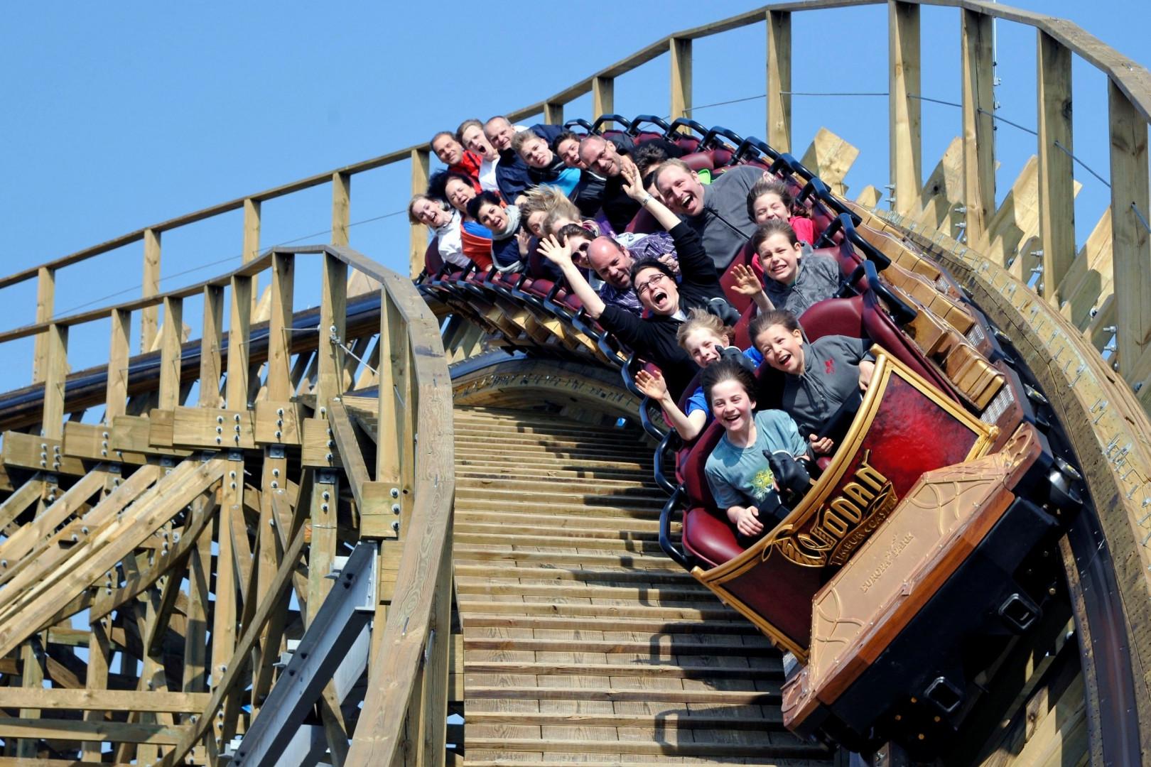 Le Wodan - Timburcoaster, en bois, monte atteint les 100 km/h