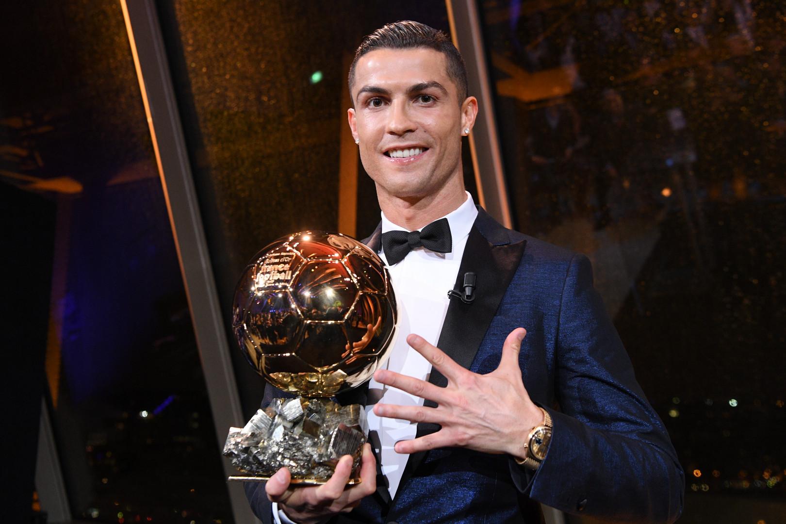 Cristiano Ronaldo a décroché son 5e Ballon d'or, le 7 décembre 2017