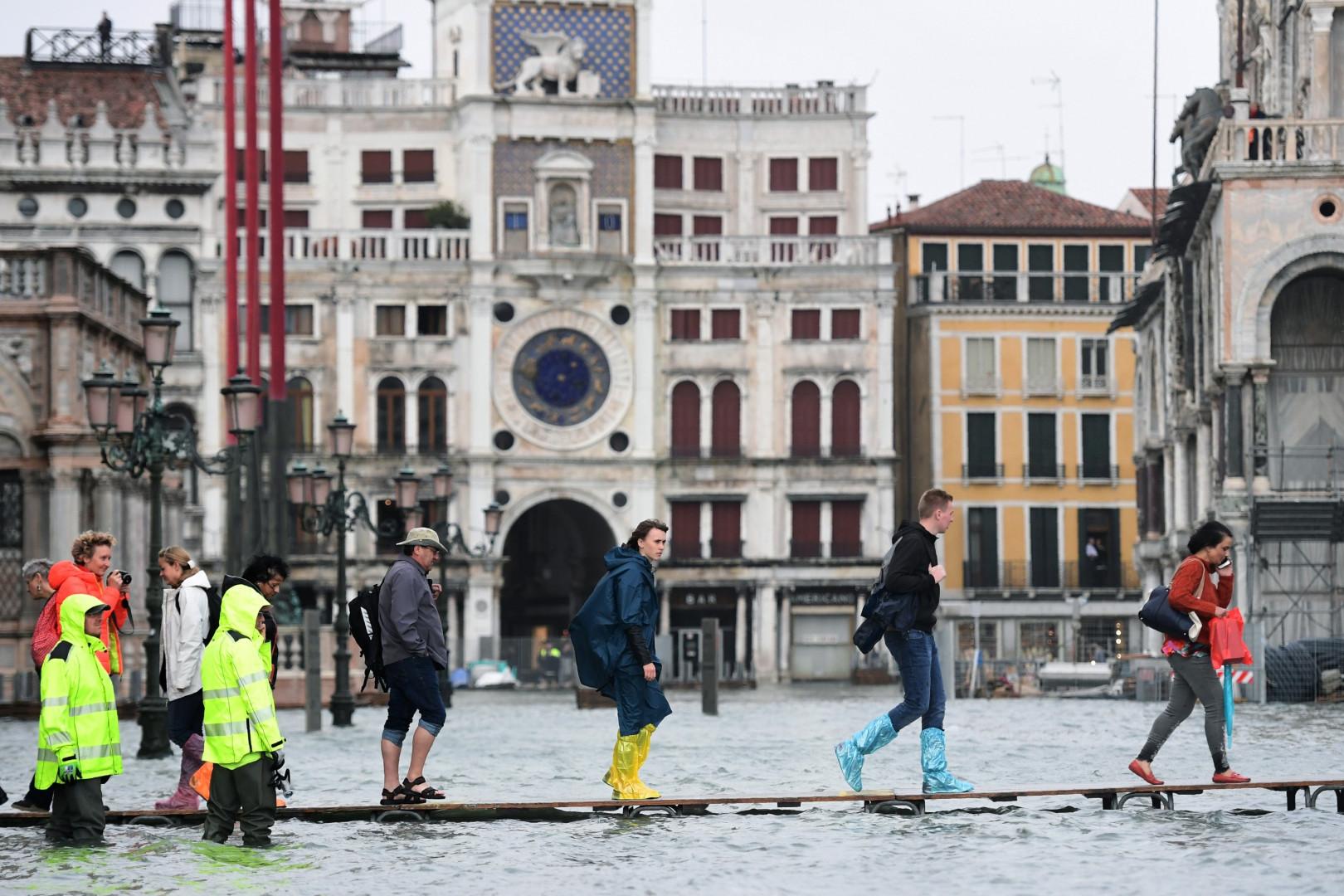 La place Saint-Marc sous l'eau à Venise lundi 29 octobre 2018