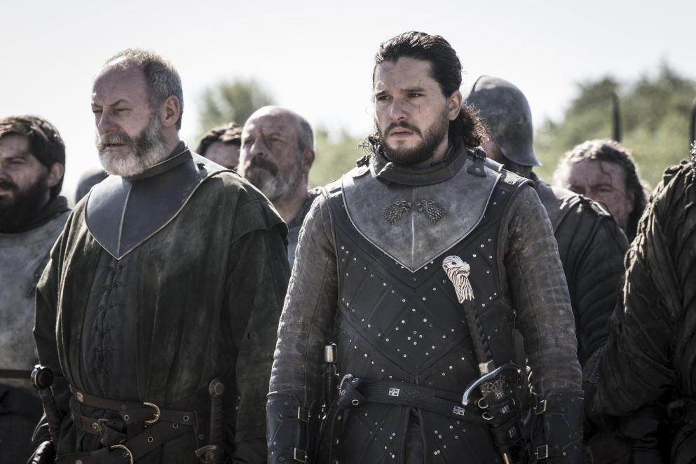 Davos et Jon préparant la bataille