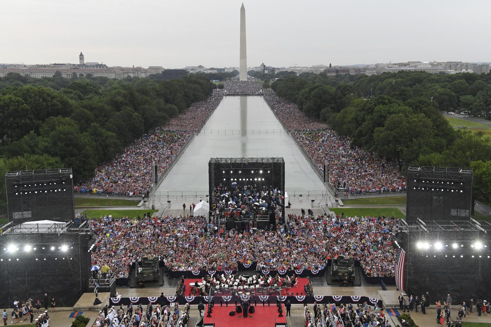 Les pelouses du National Mall de Washington ont été entièrement investies, en ce jour de fête nationale.
