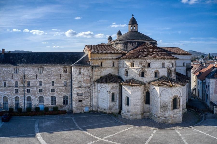 14. Église abbatiale Sainte-Marie de Souillac (Lot)
