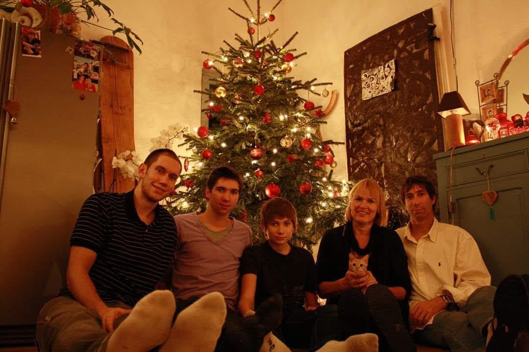 La famille Tillie lors d'un réveillon de Noël