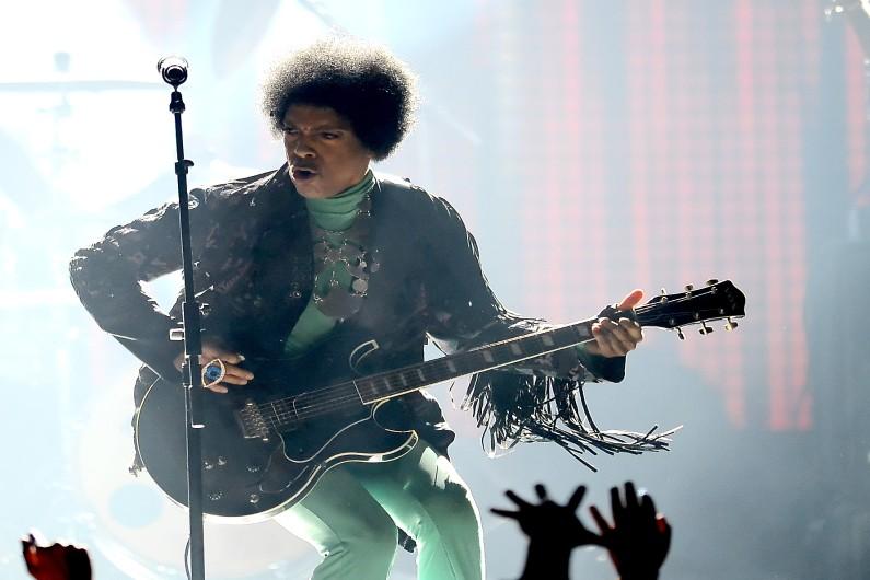 Prince était capable de maîtriser plusieurs instruments, tel un véritable homme-orchestre