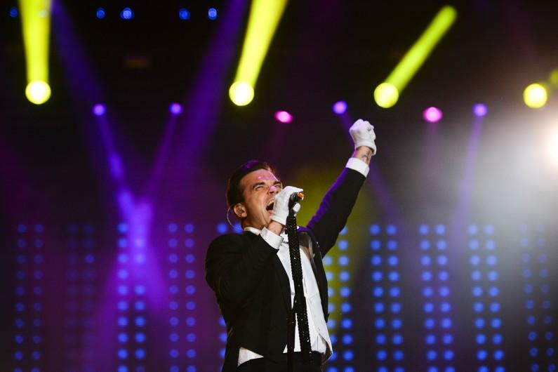 """Robbie Williams sera le 1er juillet à Paris à l'occasion de sa tournée européenne, le """"Entertainment Show Tour""""."""