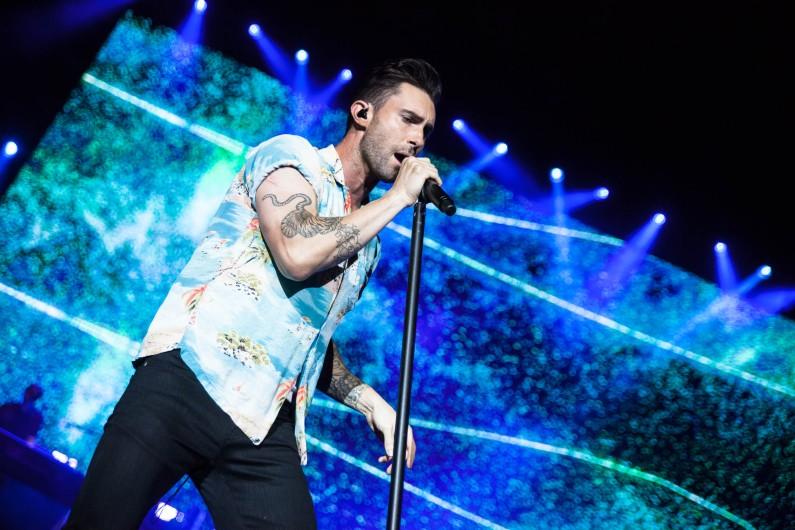 """Maroon 5 est de retour en 2017 avec un album qui sortira prochainement, dont un premier extrait, """"Don't Wanna Know"""", disponible depuis octobre dernier."""