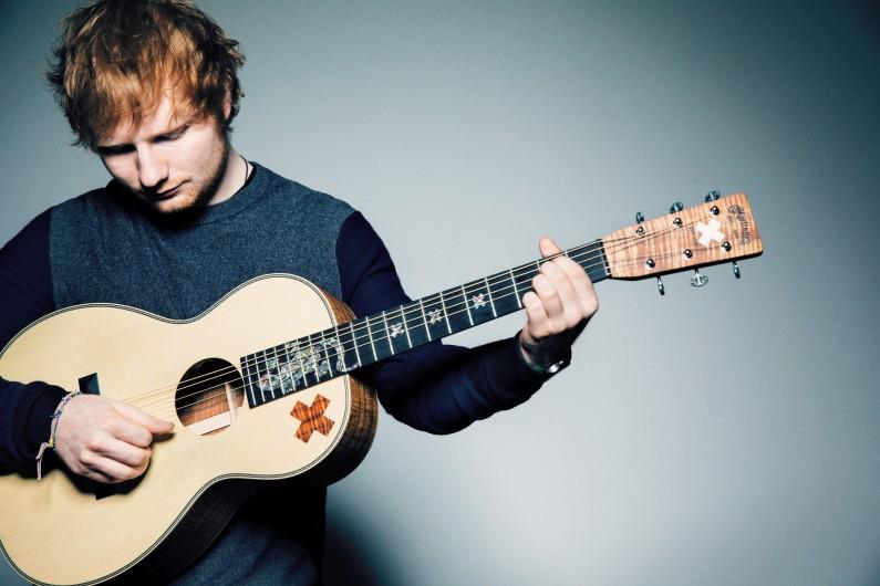 Ed Sheeran sortira son troisième album courant 2017, et tournerait déjà un premier clip.
