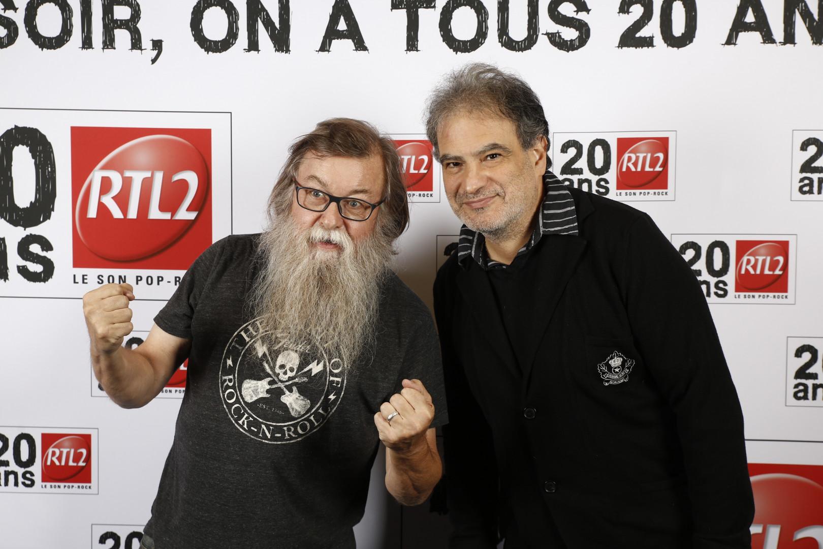 Francis Zegut et Raphael Mezrahi à la soirée des 20 ans de RTL2 à l'Olympia