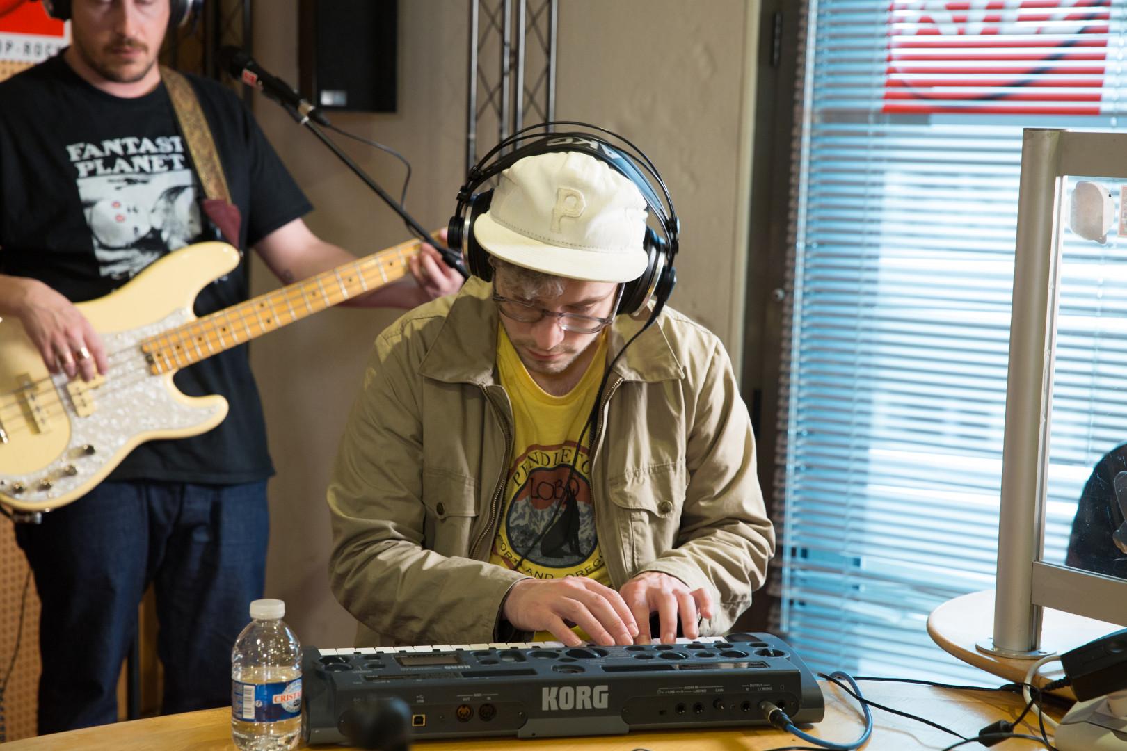 Kyle O'Quin de Portugal. The Man en session acoustique pour RTL2